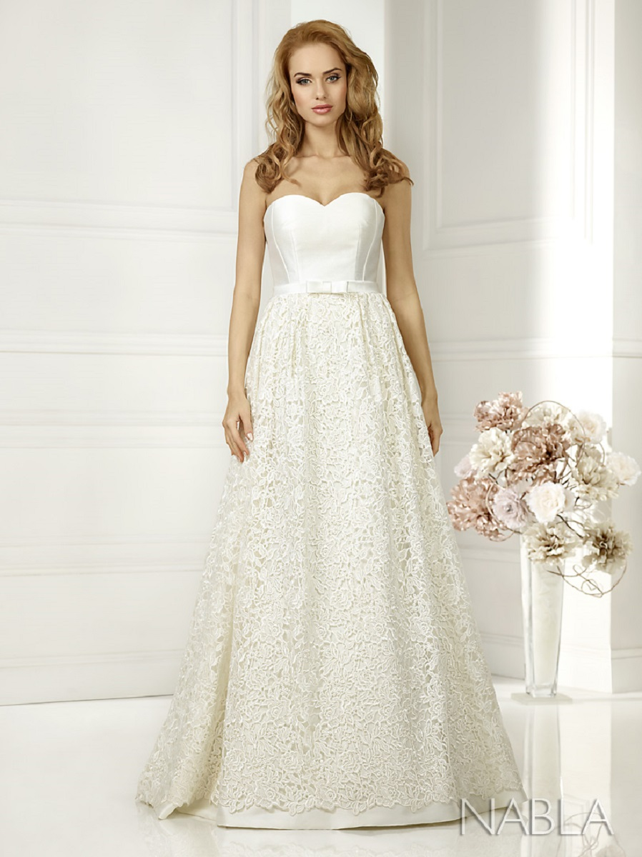 Lacey Bell Wedding Dress KAMI 1